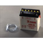 Akumulator rozruchowy YUASA 12N9-3B